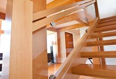 wooden stairs Schuamburg